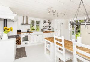 À la fois rustique et raffinée, l'allure maison de ferme contemporaine pour votre maison