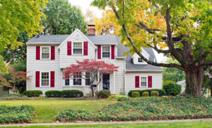 Coordinate or Contrast? Tips for Door, Shutter and Siding Combinations